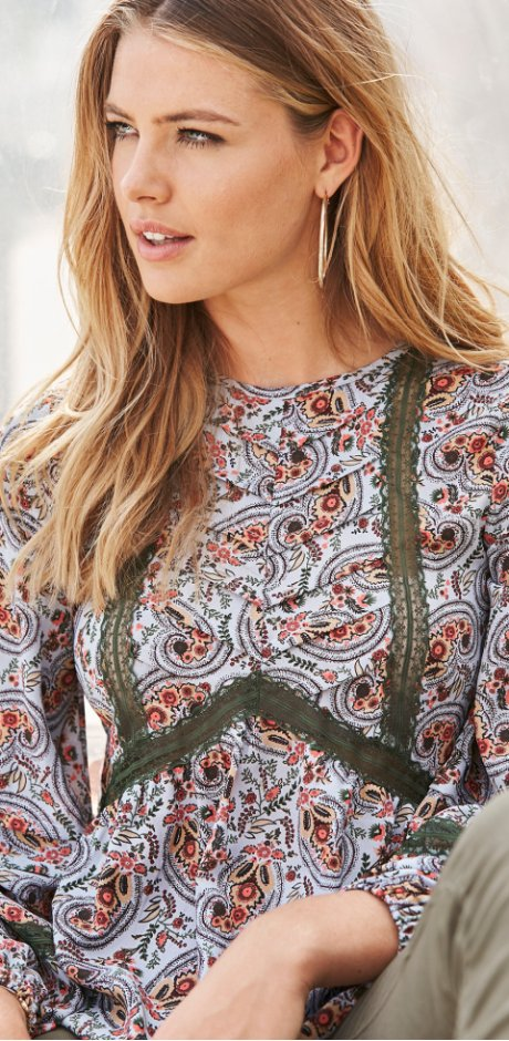Dames - Blouse met kant - lichtblauw/geel paisley