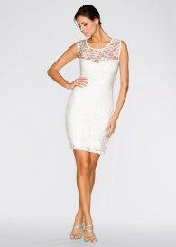 Wit jurkje naar bruiloft